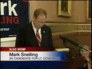Mark Snelling, about to be mollywhopped by Phil Scott in 2010.